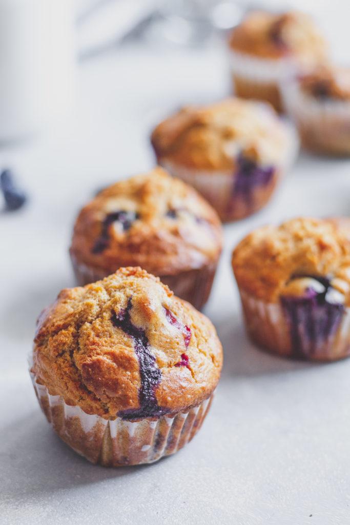 cukormentes teljes kiőrlésű áfonyás muffin