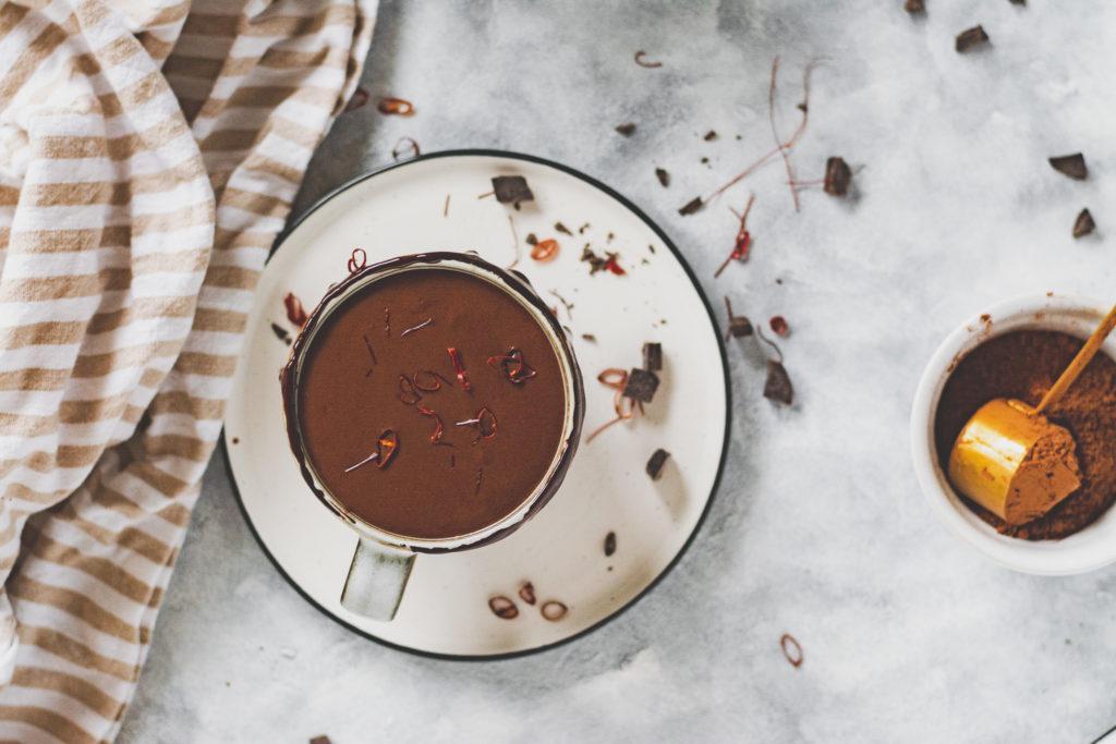 chilis forró csoki