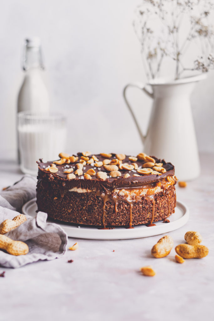 cukormentes snickers torta
